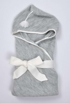 Вязаный конверт-плед с кисточкой для новорожденных серый