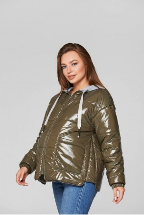 Демисезонная лаковая куртка Zaragoza хаки для беременных