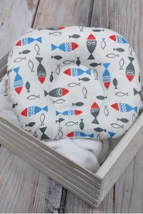 """Детская подушка для новорожденных """"Цветные рыбки"""""""