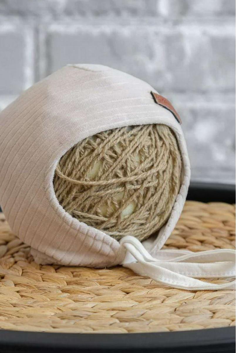 Велюрова шапка Velvet бежева